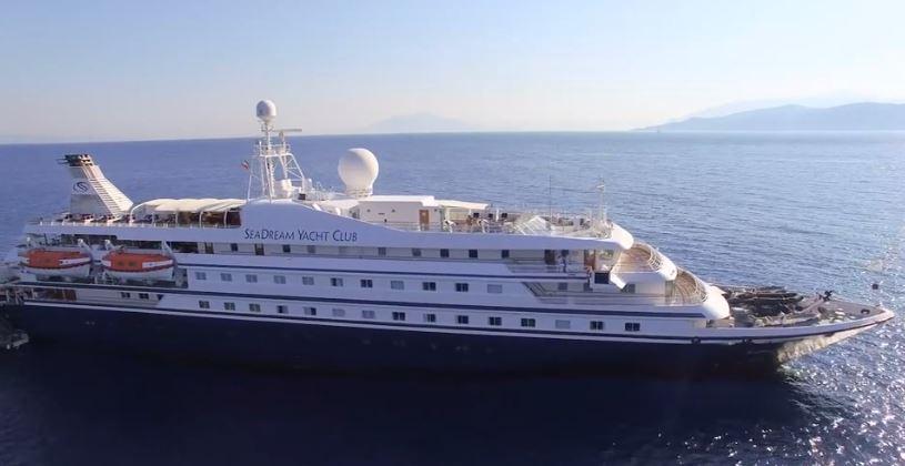 Small Ship Cruising World Voyager Vacations - Small ship cruises